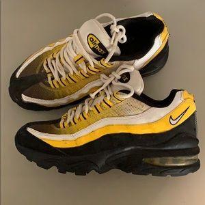 Nike Shoes - AirMax 95